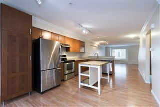 """Photo 4: 91 12040 68 Avenue in Surrey: West Newton Townhouse for sale in """"Terrance"""" : MLS®# R2341352"""