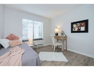 "Photo 15: 203 1467 MARTIN Street: White Rock Condo for sale in ""Searidge Court"" (South Surrey White Rock)  : MLS®# R2347342"