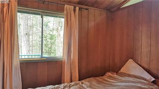 Photo 10: 6606 Razor Point Road in PENDER ISLAND: GI Pender Island Single Family Detached for sale (Gulf Islands)  : MLS®# 406862