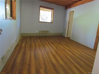 Photo 10: 2749 Shoal Rd in PENDER ISLAND: GI Pender Island Single Family Detached for sale (Gulf Islands)  : MLS®# 810549