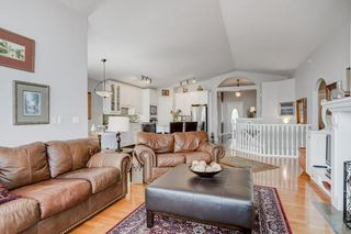 Photo 17: 55 Sienna Heights Way SW in Calgary: Signal Hill Detached for sale : MLS®# C4243524