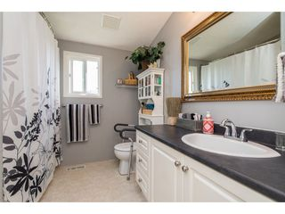 """Photo 14: 15 45918 KNIGHT Road in Sardis: Sardis East Vedder Rd Manufactured Home for sale in """"COUNTRY PARK VILLAGE"""" : MLS®# R2368737"""