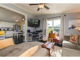 """Photo 4: 15 45918 KNIGHT Road in Sardis: Sardis East Vedder Rd Manufactured Home for sale in """"COUNTRY PARK VILLAGE"""" : MLS®# R2368737"""