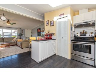 """Photo 11: 15 45918 KNIGHT Road in Sardis: Sardis East Vedder Rd Manufactured Home for sale in """"COUNTRY PARK VILLAGE"""" : MLS®# R2368737"""