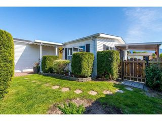 """Photo 2: 15 45918 KNIGHT Road in Sardis: Sardis East Vedder Rd Manufactured Home for sale in """"COUNTRY PARK VILLAGE"""" : MLS®# R2368737"""
