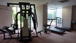 """Photo 11: 403 14820 104 Avenue in Surrey: Guildford Condo for sale in """"CAMELOT"""" (North Surrey)  : MLS®# R2370259"""
