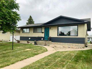 Photo 1: 5403 91 Avenue in Edmonton: Zone 18 House for sale : MLS®# E4160783