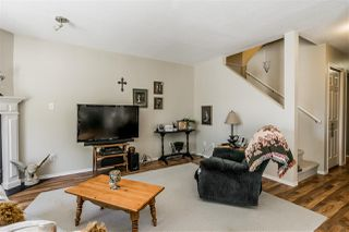 """Photo 9: 3 36060 OLD YALE Road in Abbotsford: Abbotsford East Townhouse for sale in """"MOUNTAIN VIEW VILLAGE"""" : MLS®# R2378360"""