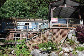"Main Photo: G MOONSHINE Bay in Pitt Meadows: North Meadows PI House for sale in ""Moonshine Bay"" : MLS®# R2379507"