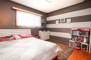 Photo 11: 484 Paufeld Drive in Winnipeg: North Kildonan Residential for sale (3F)  : MLS®# 1922936