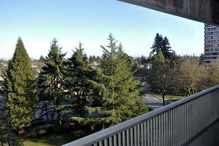 """Photo 2: 704 4134 MAYWOOD Street in Burnaby: Metrotown Condo for sale in """"Park Avenue Towers"""" (Burnaby South)  : MLS®# R2447234"""