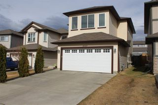 Photo 2: 2125 32A Street in Edmonton: Zone 30 House for sale : MLS®# E4195154