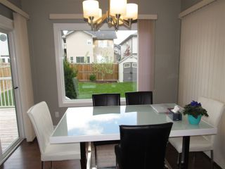 Photo 12: 15820 11 Avenue in Edmonton: Zone 56 House for sale : MLS®# E4200428