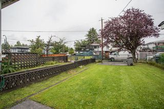 Photo 30: 5930 CULLODEN Street in Vancouver: Knight House for sale (Vancouver East)  : MLS®# R2465527