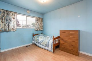 Photo 12: 5930 CULLODEN Street in Vancouver: Knight House for sale (Vancouver East)  : MLS®# R2465527