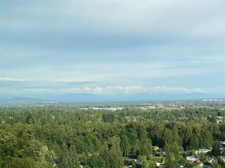 """Photo 4: 2603 3102 WINDSOR Gate in Coquitlam: New Horizons Condo for sale in """"CELADON"""" : MLS®# R2478825"""