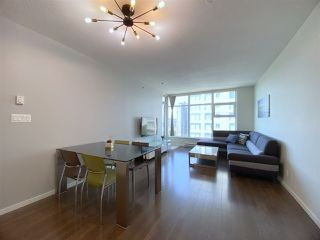 """Photo 15: 2603 3102 WINDSOR Gate in Coquitlam: New Horizons Condo for sale in """"CELADON"""" : MLS®# R2478825"""