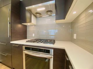 """Photo 9: 2603 3102 WINDSOR Gate in Coquitlam: New Horizons Condo for sale in """"CELADON"""" : MLS®# R2478825"""