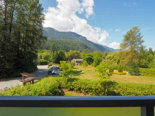 """Photo 23: 1 41488 BRENNAN Road in Squamish: Brackendale Townhouse for sale in """"Rivendale"""" : MLS®# R2485406"""