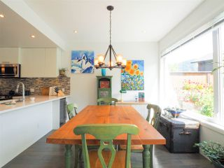 """Photo 8: 1 41488 BRENNAN Road in Squamish: Brackendale Townhouse for sale in """"Rivendale"""" : MLS®# R2485406"""