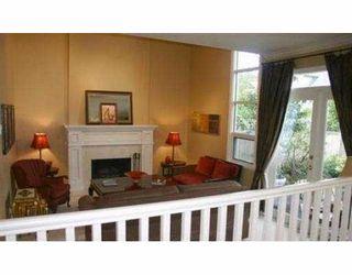 Photo 4: 1826 W 13TH AV in Vancouver: Kitsilano House 1/2 Duplex for sale (Vancouver West)  : MLS®# V564379