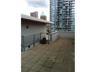 "Photo 3: 118 DUNSMUIR Street in Vancouver: Downtown VW Townhouse for sale in ""SPECTRUM 4"" (Vancouver West)  : MLS®# V878598"