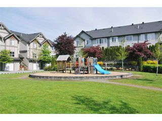 """Photo 10: 55 1055 RIVERWOOD Gate in Port Coquitlam: Riverwood Townhouse for sale in """"MOUNTAIN VIEW ESTATES"""" : MLS®# V888731"""