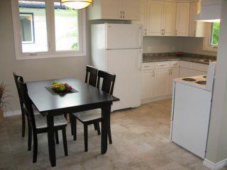 Photo 3: 672 Grierson Avenue in WINNIPEG: Fort Garry / Whyte Ridge / St Norbert Single Family Detached for sale (South Winnipeg)  : MLS®# 1212882