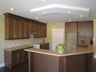 Photo 6: 2305 CHARDONNAY LN in ABBOTSFORD: Aberdeen House for rent (Abbotsford)