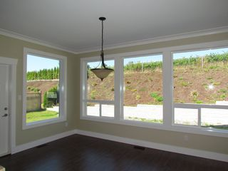 Photo 10: 2305 CHARDONNAY LN in ABBOTSFORD: Aberdeen House for rent (Abbotsford)