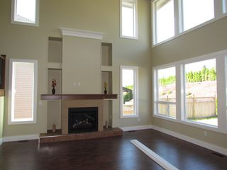 Photo 3: 2305 CHARDONNAY LN in ABBOTSFORD: Aberdeen House for rent (Abbotsford)