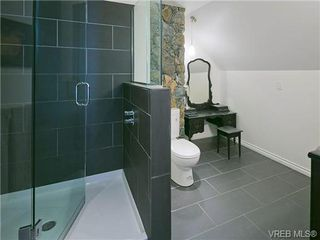 Photo 12: 803 Piermont Place in VICTORIA: Vi Rockland Single Family Detached for sale (Victoria)  : MLS®# 329617
