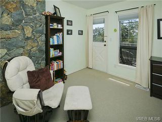 Photo 10: 803 Piermont Place in VICTORIA: Vi Rockland Single Family Detached for sale (Victoria)  : MLS®# 329617