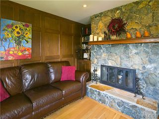 Photo 15: 803 Piermont Place in VICTORIA: Vi Rockland Single Family Detached for sale (Victoria)  : MLS®# 329617