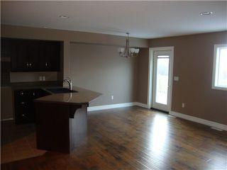 Photo 4: 10925 104A Avenue in Fort St. John: Fort St. John - City NW House 1/2 Duplex for sale (Fort St. John (Zone 60))  : MLS®# N231950