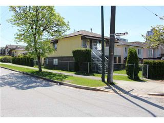 Photo 2: 5112 HOY Street in Vancouver: Collingwood VE House for sale (Vancouver East)  : MLS®# V1065249