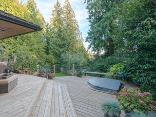 "Photo 8: 4648 PICCADILLY NORTH Road in West Vancouver: Caulfeild House for sale in ""Caulfeild"" : MLS®# V1089731"