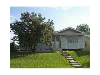 Main Photo: 424 OGDEN Drive SE in Calgary: Lynnwood_Riverglen Residential Detached Single Family for sale : MLS®# C3644869