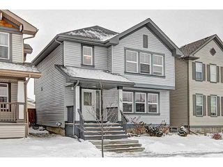 Photo 1: 56 PRESTWICK Close SE in Calgary: McKenzie Towne Residential Detached Single Family for sale : MLS®# C3652388