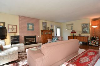 "Photo 10: 12373 NEW MCLELLAN Road in Surrey: Panorama Ridge House for sale in ""Panorama Ridge"" : MLS®# F1433996"