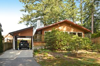"Photo 2: 12373 NEW MCLELLAN Road in Surrey: Panorama Ridge House for sale in ""Panorama Ridge"" : MLS®# F1433996"