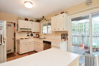"Photo 14: 12373 NEW MCLELLAN Road in Surrey: Panorama Ridge House for sale in ""Panorama Ridge"" : MLS®# F1433996"