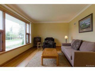 Photo 3: 407 Amherst Street in WINNIPEG: St James Residential for sale (West Winnipeg)  : MLS®# 1510775