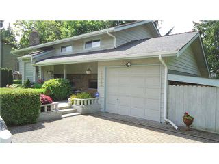 "Photo 2: 2542 MONTROSE Way in Squamish: Garibaldi Highlands House for sale in ""GARIBALDI HIGHLANDS"" : MLS®# V1123459"