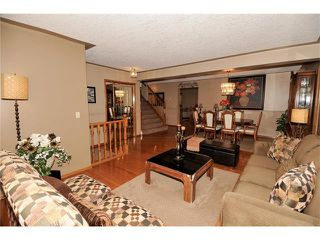 Photo 6: 39 SANDALWOOD Heights NW in Calgary: Sandstone House for sale : MLS®# C4025285