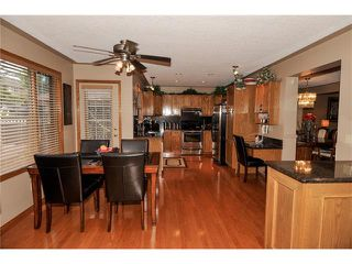 Photo 15: 39 SANDALWOOD Heights NW in Calgary: Sandstone House for sale : MLS®# C4025285