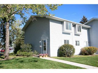 Photo 1: 111 4810 40 Avenue SW in Calgary: Glamorgan House for sale : MLS®# C4033222