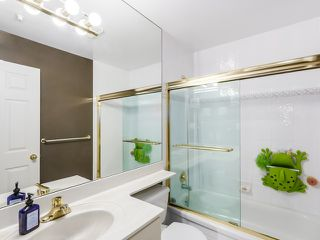 """Photo 12: PH13 511 W 7TH Avenue in Vancouver: Fairview VW Condo for sale in """"Beverly Gardens"""" (Vancouver West)  : MLS®# R2004156"""