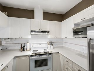 """Photo 6: PH13 511 W 7TH Avenue in Vancouver: Fairview VW Condo for sale in """"Beverly Gardens"""" (Vancouver West)  : MLS®# R2004156"""