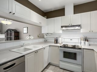 """Photo 7: PH13 511 W 7TH Avenue in Vancouver: Fairview VW Condo for sale in """"Beverly Gardens"""" (Vancouver West)  : MLS®# R2004156"""